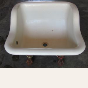 1905 Standard Cast Iron Sitz Bath