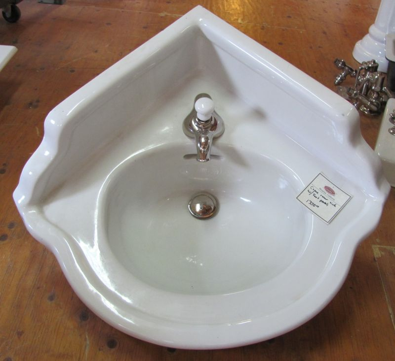 Circa 1927 Vintage Crane Clifton Corner Lavatory Sink Dea Bathroom Machineries